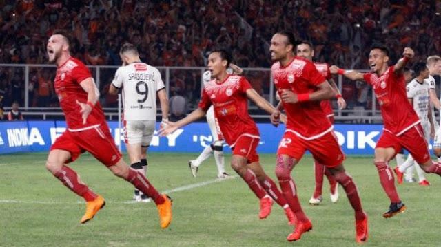 Ekspresi penyerang Persija Jakarta, Marko Simic, seusai mencetak gol dalam laga final Piala Presiden 2018 melawan Bali United di Stadion Utama Gelora Bung Karno, Jakarta, Sabtu (17/2/2018). (Media Persija) (Media Persija)