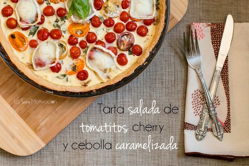 Tarta salada de tomatitos cherry y cebolla caramelizada
