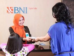 jobsinpt.blogspot.com/2012/04/lowongan-bumn-bank-bni-syariah-april.html