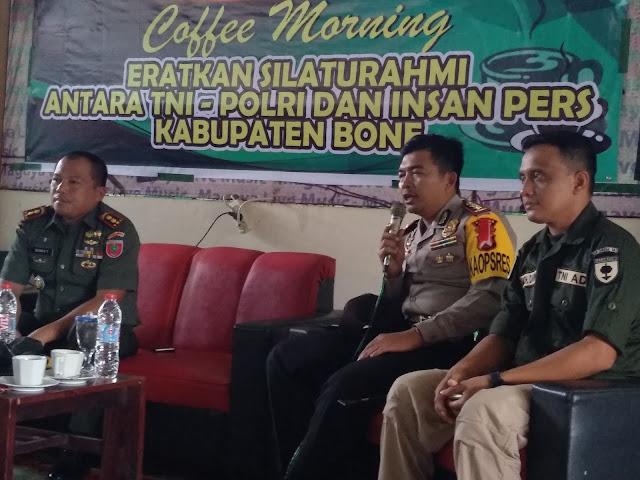 TNI Polri di Bone Bersama Insan Pers Satukan Persepsi Wujudkan Pilkada Damai