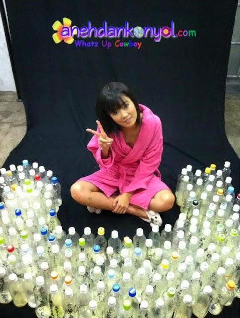 Artis Jepang Koleksi 100 Botol Sperma