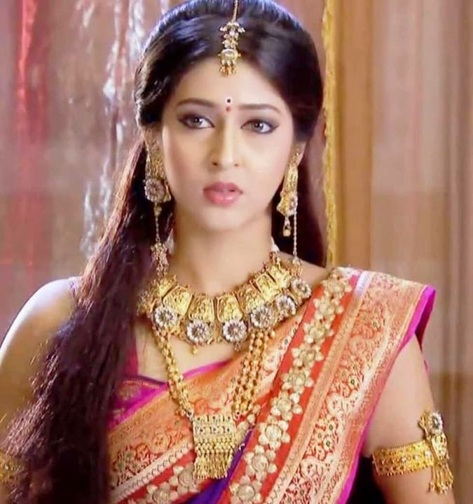 Gorgeous Actresses : Sonarika Bhadoria Devon Ke Dev