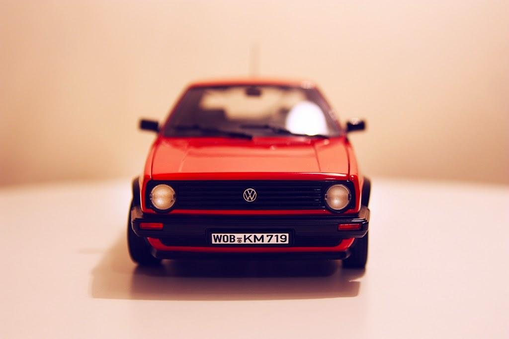 1/18 Norev Volkswagen Golf CL