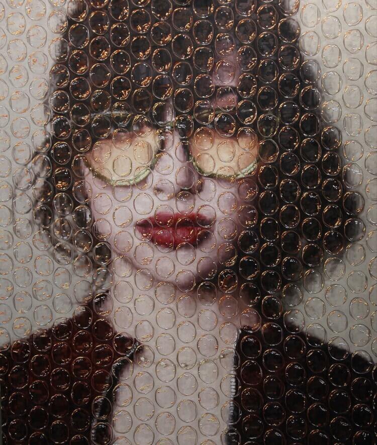 03-Sophia-Darian-Mederos-Bubble-Wrap-www-designstack-co