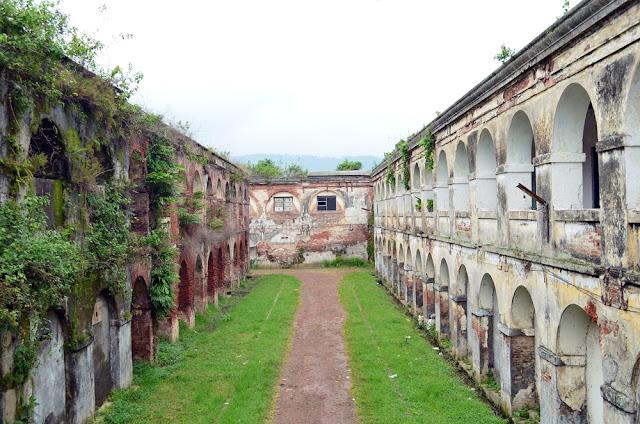 Tempat Wisata Hits Benteng Fort Willem I Ambarawa