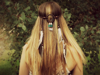 https://www.etsy.com/listing/293870113/feather-headband-dream-catcher-head?ref=shop_home_active_7