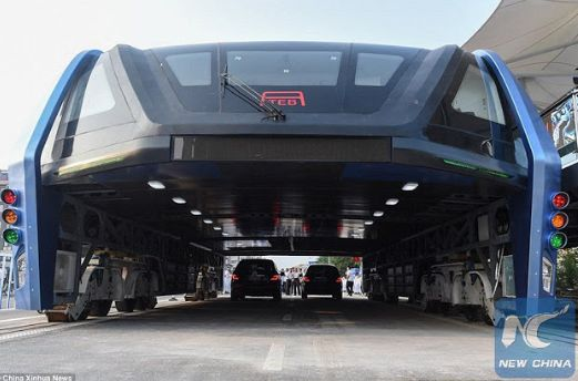 China elevated Bus that drives over Cars to beat Traffic