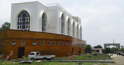ibukota provinsi Jawa Tengah punya begitu banyak tempat wisata yang menarik untuk dikunju ExploreBandung; Destinasi Wisata Religi Kota Semarang