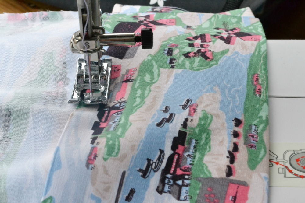 sewing machine project bag houses fabric offcut