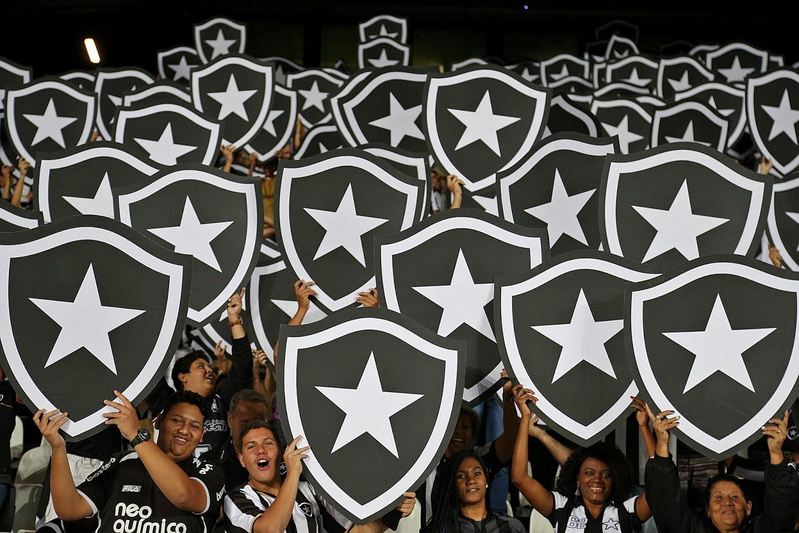 c84e8240f450f O Botafogo já fez quatro jogos na Libertadores e os números da torcida têm  sido ótimos