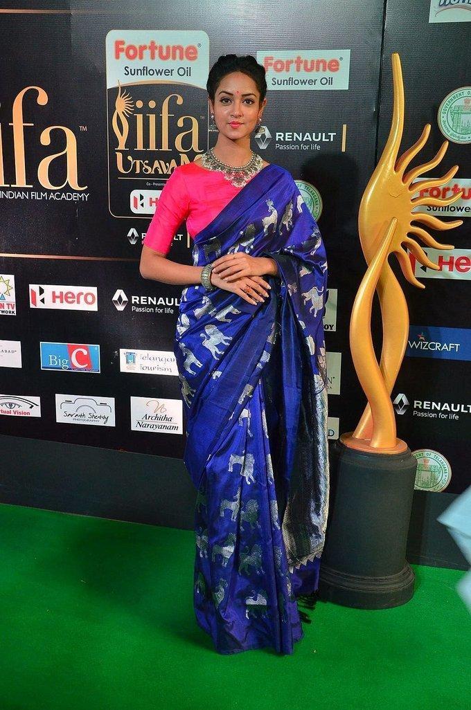 Telugu Actress Shanvi At IIFA Awards 2017 In Blue Saree