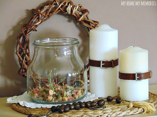 διακόσμηση-με-αποξηραμένα-λουλουδια-κεριά-κομπολόι-σεμεδάκι