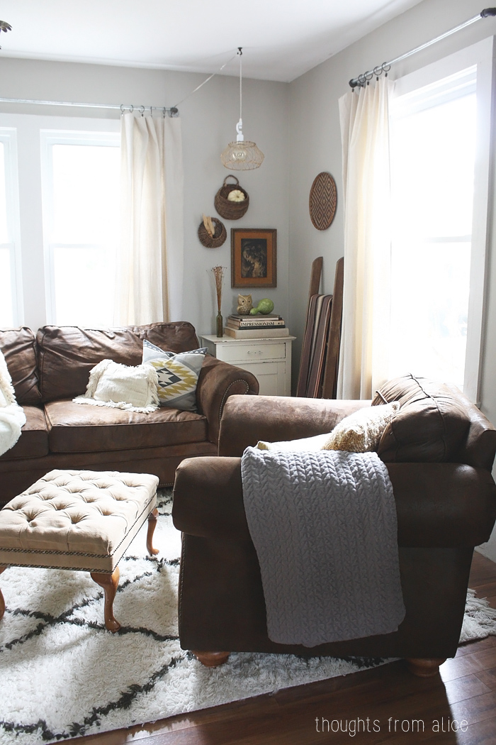 Cozy eclectic fall living room for Eclectic bohemian living room