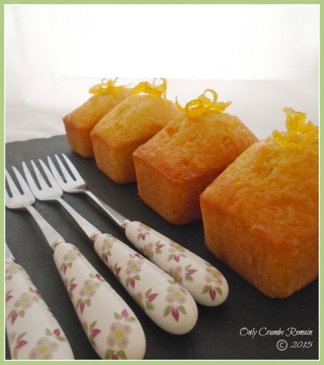 Small Madeira Cakes infused with lemon