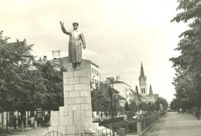 Мукачево. Памятник Сталину