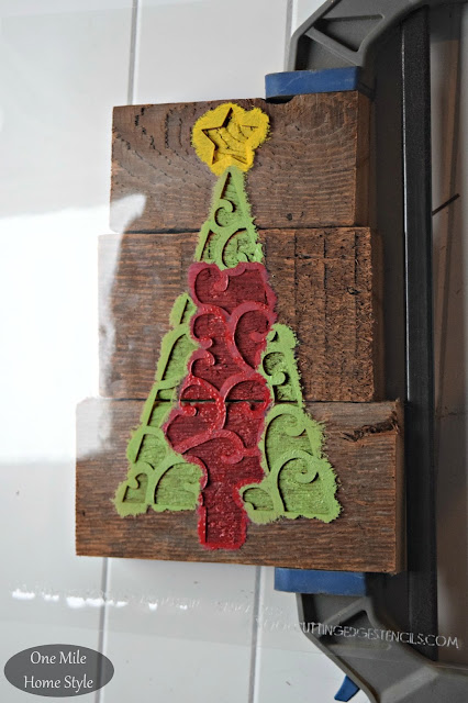 Scrap Wood and Stencil Christmas Art - One Mile Home Style