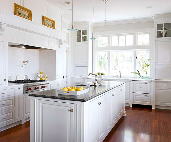 Modern Furniture: 2012 White Kitchen Cabinets Decorating