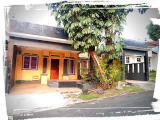 Rp.1.75Milyar Dijual 2 Rumah Jadi 1 Di Legian Sentul City (Code : 425 )