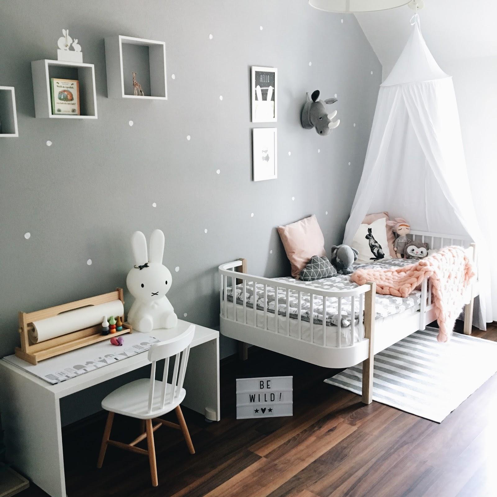 sonjas picturebook interior update ein neues kinderbett. Black Bedroom Furniture Sets. Home Design Ideas