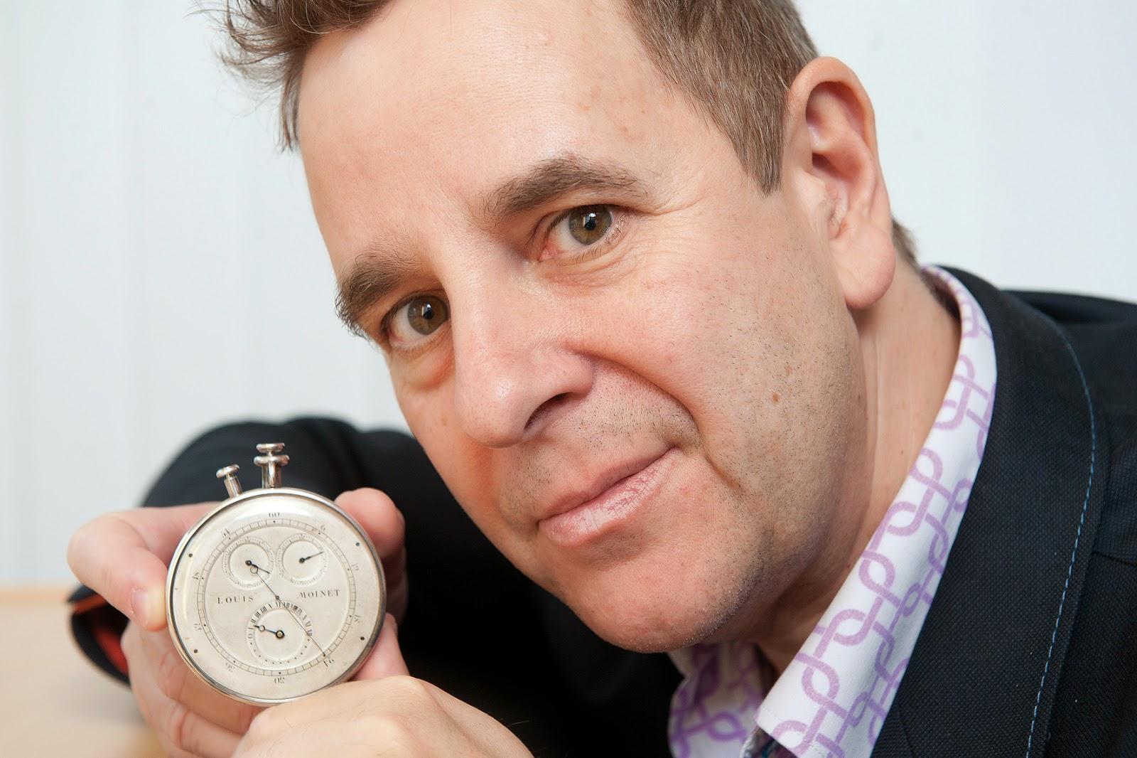 Louis Moinet debajo del reloj14
