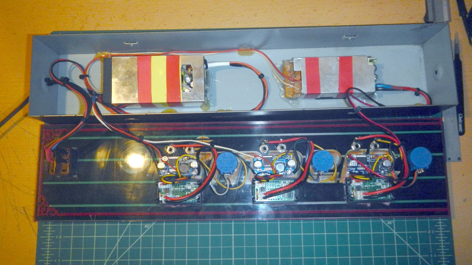 Elvis diy electronics projects power supply unit variable triple and that would be it i wanted to show you how you can easily do this yourself with little effort and use old devices that usually collect dust in many solutioingenieria Images