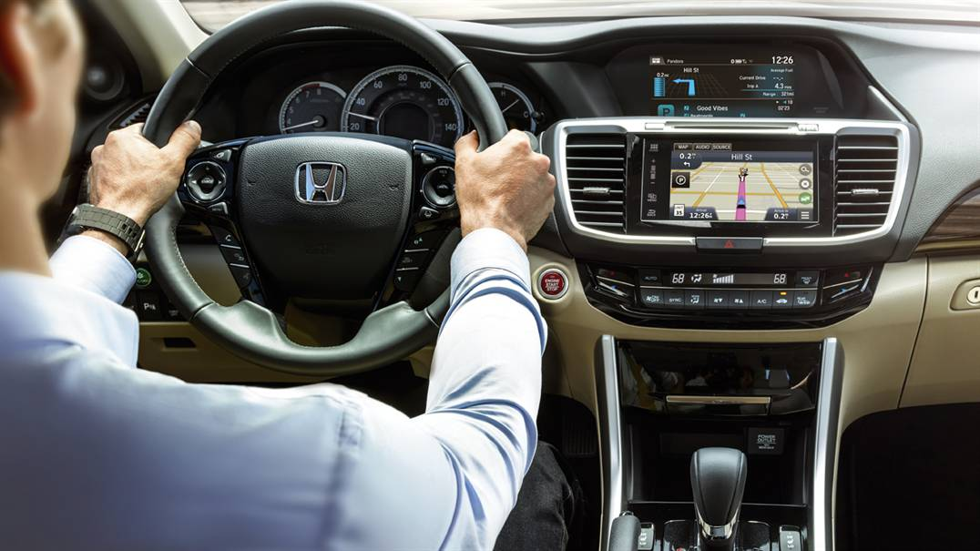 Radioworld Le Carplay Android Auto Car Technology News Check Out This 2016 Honda Accord Review With And