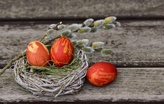 Metode naturale de vopsire a ouălor de Paște și Înălțare