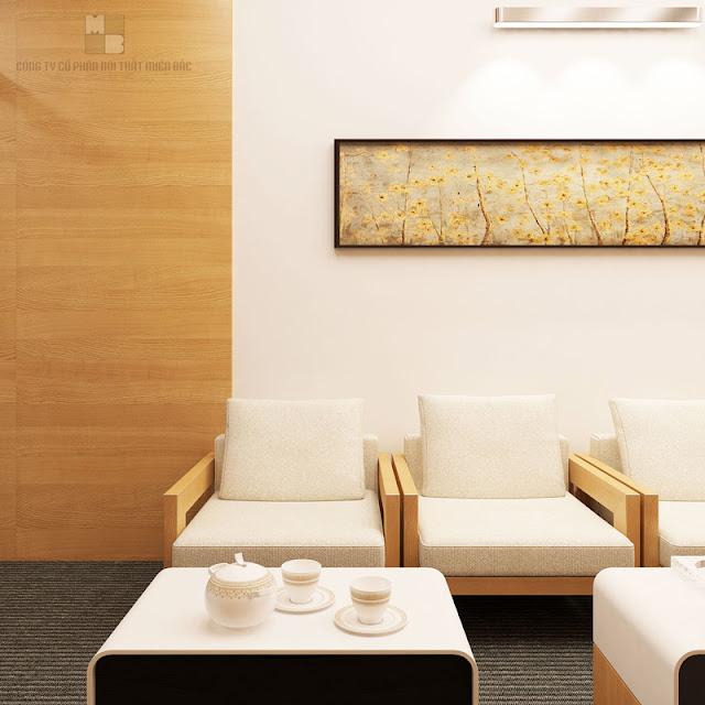 Đan xen với mảng chất liệu gỗ Laminate thì phần còn lại của thiết kế nội thất phòng họp sang trọng này là mảng tường sơn trắng, mang đến một không gian thanh thoát, tinh tế