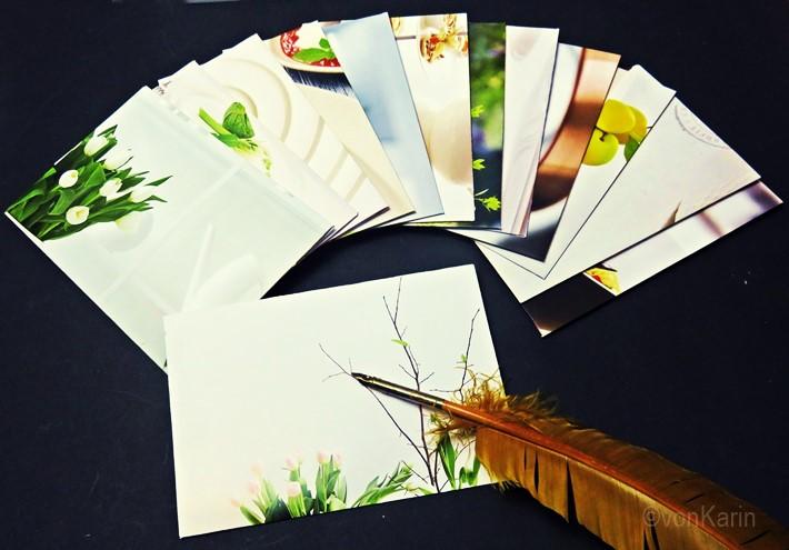 viele-bunte-Briefumschlaege-aus-Katalogblaettern-selbstgemacht-
