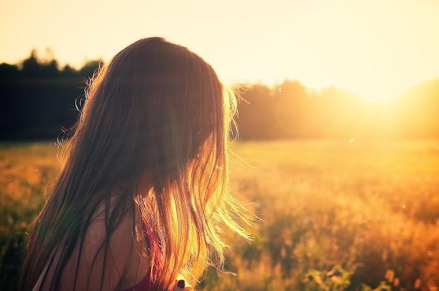 Deus te ama incondicionalmente!, Quem nos separará do amor de Cristo?, Romanos 8:38-39, Blog para garotas cristãs, por Milene Oliveira