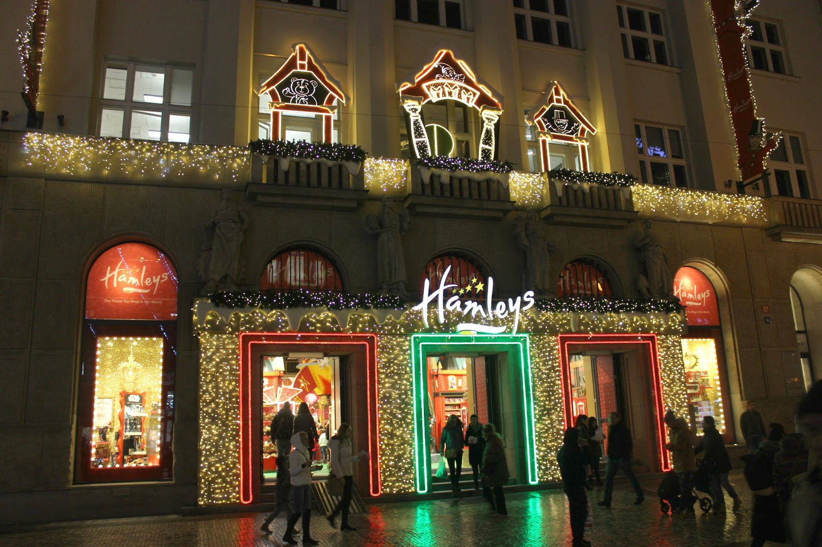 Shopping Therapy   Hamleys Toy Store Prague  6f423e872f2