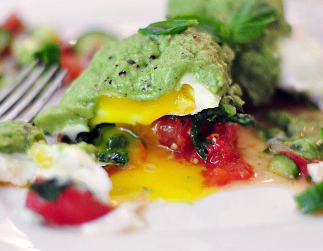 poached eggs brunch