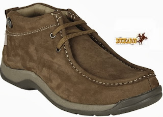 (Must Buy) Buckaroo Camel Loafers worth Rs.2495 just for Rs.1360 Only with Free Shipping (Only Size 7 & 9 Available)