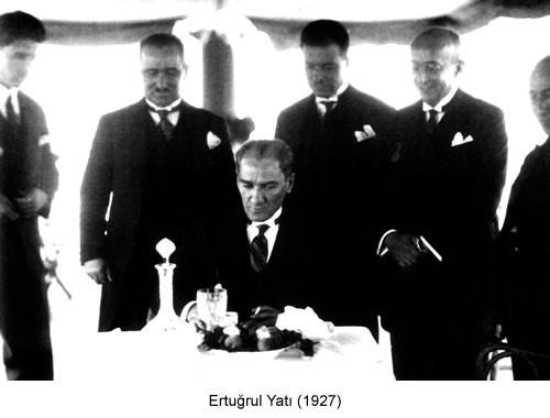 Atatürk Ertuğrul Yatı 1927 Fotoğraf