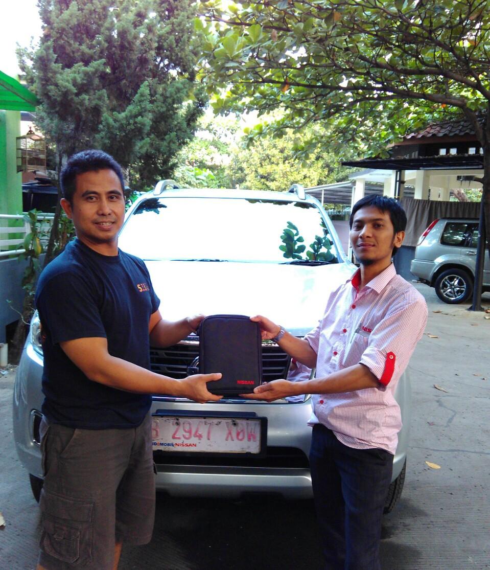 Terimakasih atas kepercayaan Pak Rudi & Bu Vivi yg telah membeli Nissan All New Navara melalui media www.touchnissan.com.  Semoga Berkah ya Pak...