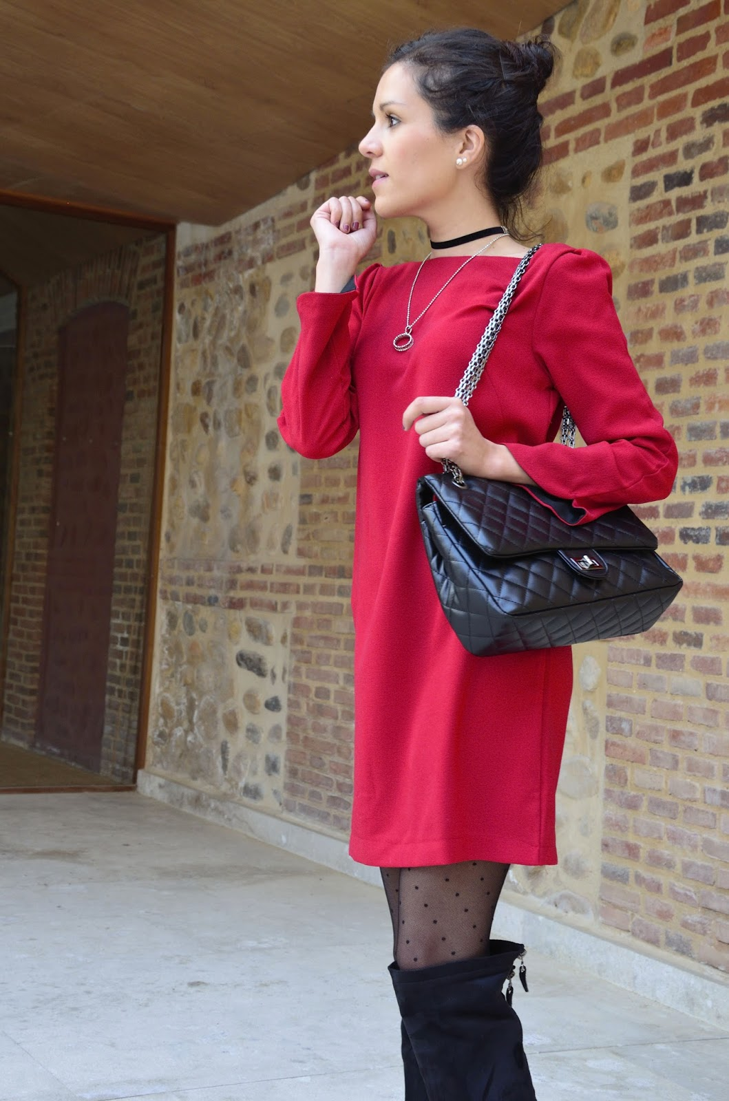 vestido-rojo-red-dress-knee-boots-look-blogger-outfit-trends-gallery