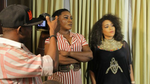Photos: Nollywood Actress Yvonne Jegede Wears Provocative Boob-Bearing Dress To AfricaMagic