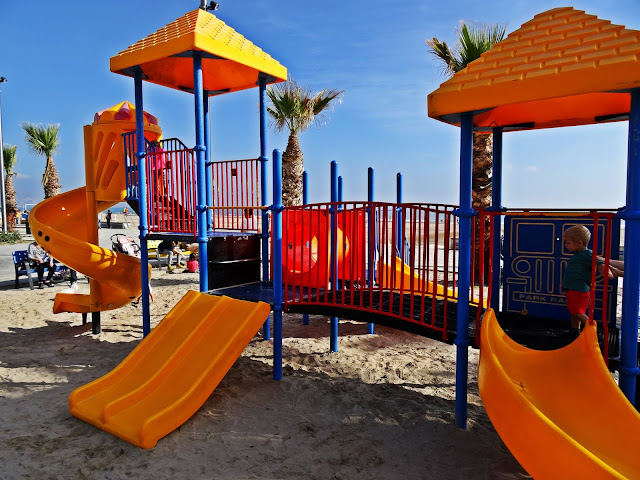 plac zabaw dla dzieci Hiszpania wybrzeże