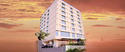 http://www.hotelparkocean.com/