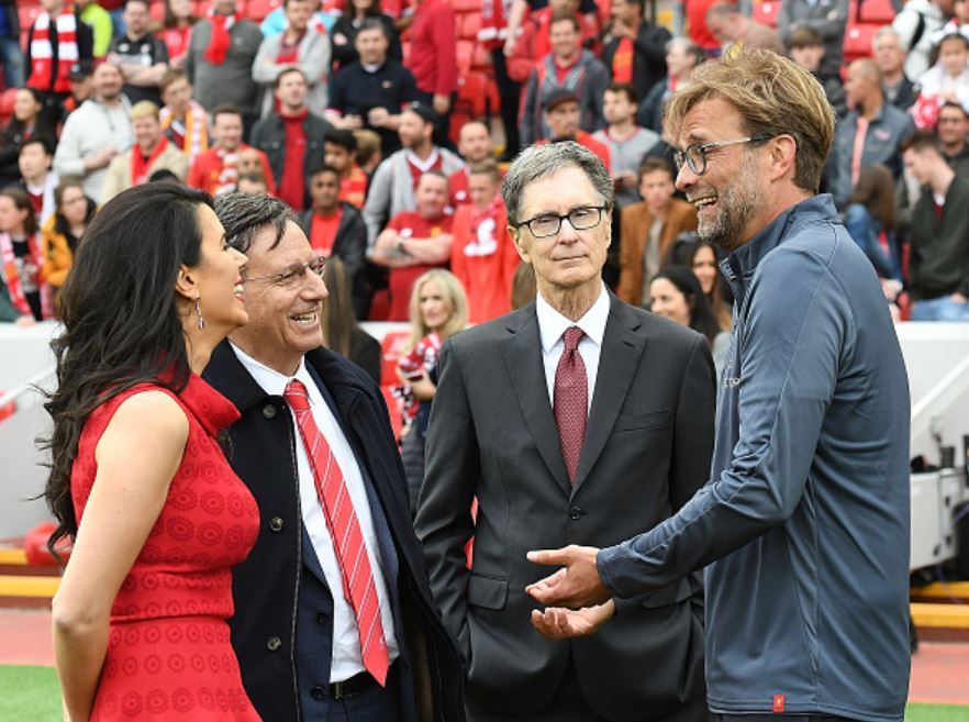 Liverpool-owners-talking-with-Klopp