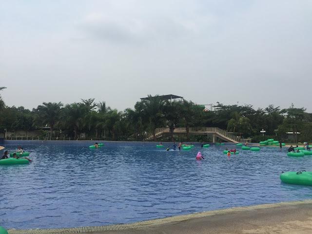 sinarmas land go wet waterpark grand wisata bekasi 3