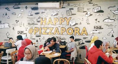 Panties Pizza Bandung