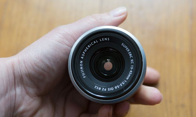 Fujifilm Fujinon XC 15-45mm f / 3.5-5.6 OIS PZ Review: A motorized zoom with high piqué
