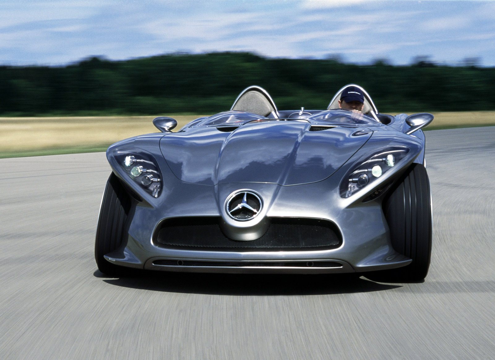 cool wallpapers  mercedes cars