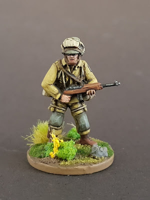 Offensive Miniatures 28mm US Paratrooper