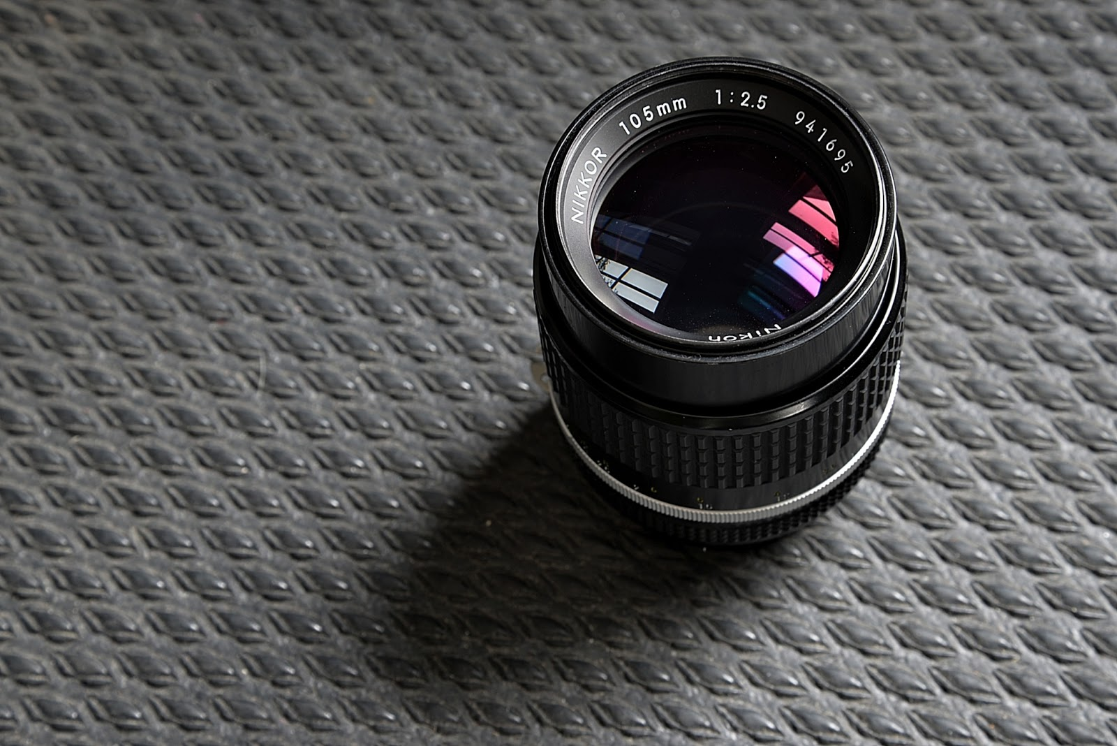 How the hell do you focus those manual focus lenses on modern DSLRs? Very  carefully.