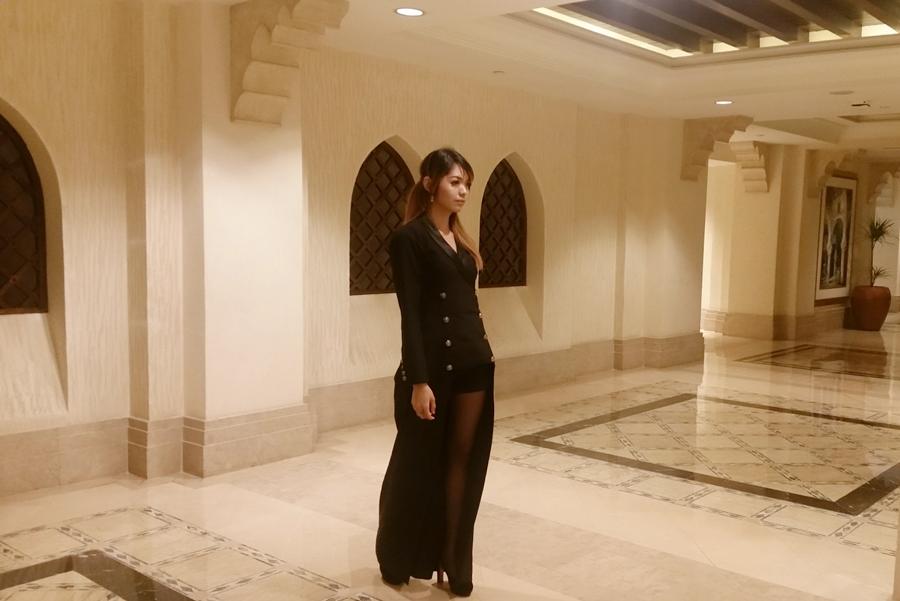 Dubai fashion blogger Technemoda