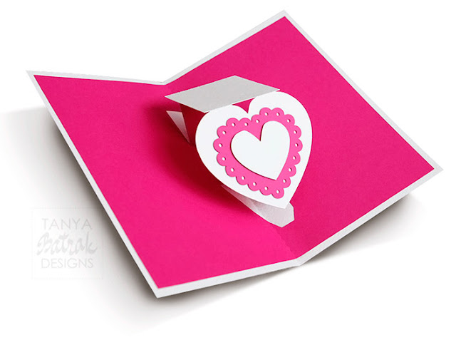 Pop up card with twisting