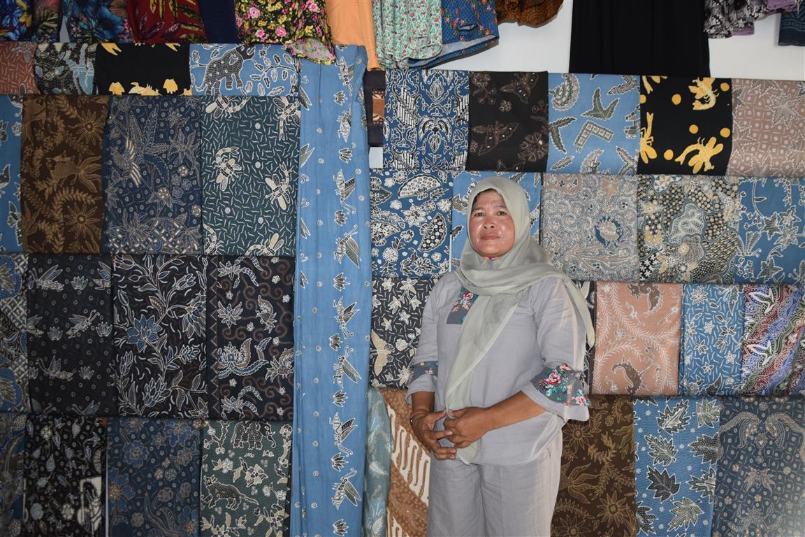 Di rumah pengrajin batik Gedangsari Gunung Kidul