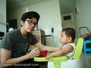 Anas start makan